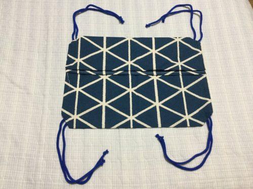 ⑤カバーの四隅に縫い付ける